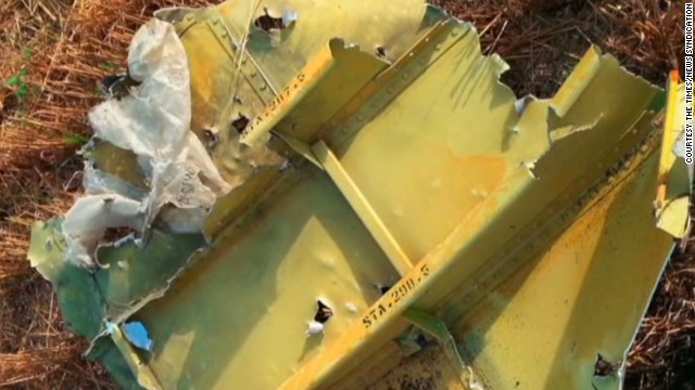 Does debris prove MH17 was shot down?