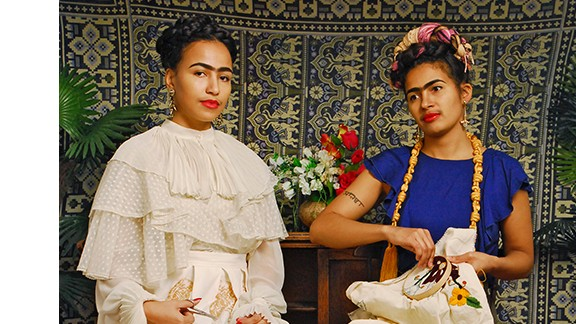 """In this image, Thomas recreates 1939 painting """"The Two Fridas."""""""