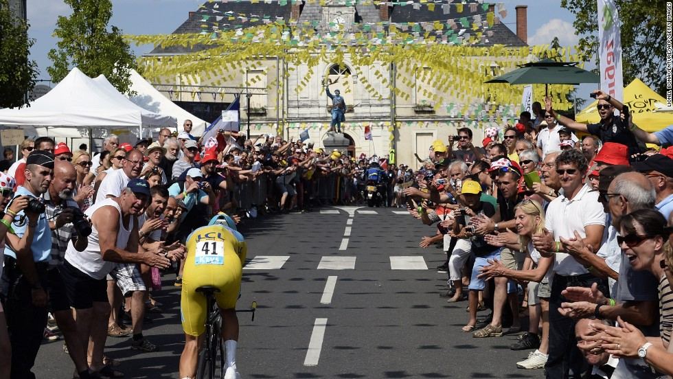 Nibali matches greats with Tour de France victory