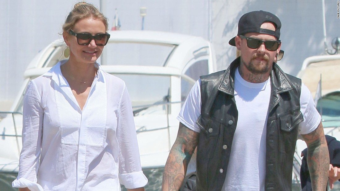 "Cameron Diaz and Benji Madden wasted no time heading down the aisle. The couple, <a href=""http://www.usmagazine.com/celebrity-news/news/nicole-richie-talks-cameron-diaz-and-benji-madden-is-happy-for-them-201497"" target=""_blank"">who were reportedly set up</a> by Madden's sister-in-law, Nicole Richie, began dating in May and were engaged around the holidays. By January 5, they were tying the knot in a small wedding at their home in Los Angeles, <a href=""http://www.people.com/article/cameron-diaz-marries-benji-madden"" target=""_blank"">reports People magazine. </a>"