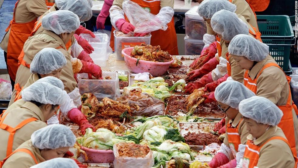 Worlds 7 Fiercest Food Feuds Cnn Travel