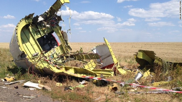 A CNN team accessed the Malaysia Airlines flight 17 (MH17) crash site, July 30, 2014 and found evidence that there are still belongings at the site, including pieces of the plane .