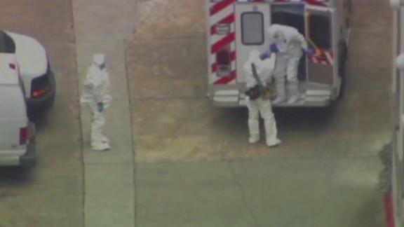 nr wsb american ebola patient arrives emory_00004721.jpg