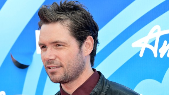 """One-time """"American Idol"""" finalist Michael Johns died on August 1. According to Entertainment Weekly, the Australian-born singer, who was on the Fox program in 2008, died at the age of 35. The Hollywood Reporter said the cause is believed to be a blood clot in his ankle."""