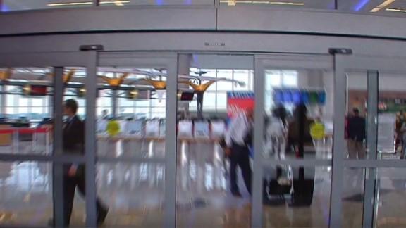 nr pkg cohen ebola airport precautions_00003502.jpg