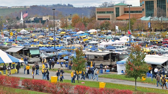 The Mountaineers of West Virginia University came in at No. 4. Apparently, there's kegs in them there mountains.