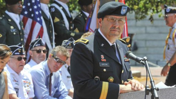 Greene ends command at Natick Soldier Systems Center in 2011.