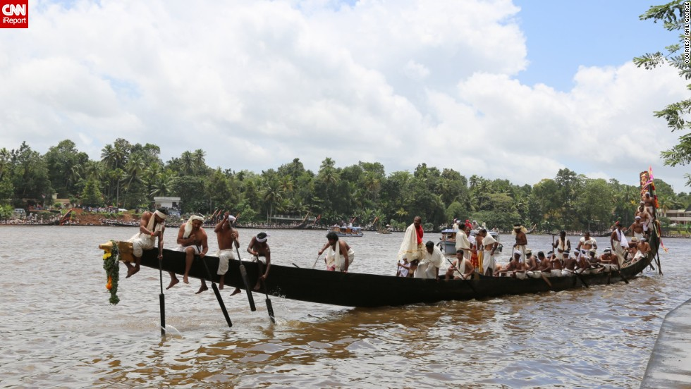 "The Aranmula Snake Boat Race is held each year on the <a href=""http://ireport.cnn.com/docs/DOC-1151709"">Pamba (or Pampa) River</a> in India. The rowers wear traditional white clothing, and there's singing as the boats make their way along the river."