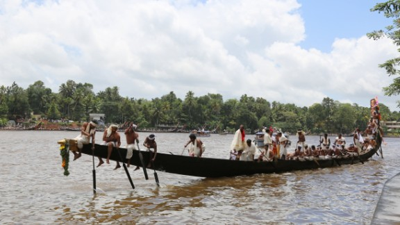 The Aranmula Snake Boat Race is held each year on the Pamba (or Pampa) River in India. The rowers wear traditional white clothing, and there's singing as the boats make their way along the river.