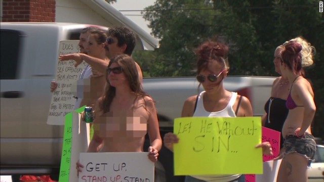 dnt oh topless church protest_00001006.jpg
