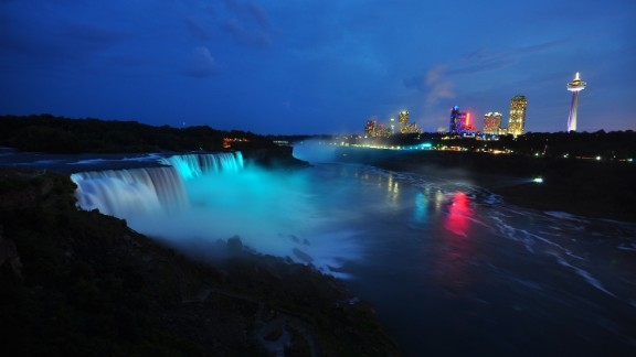 For the 2010 Vancouver Winter Games, Muse users controlled a light show over Niagara Falls, similar to the one pictured in this 2013 display.
