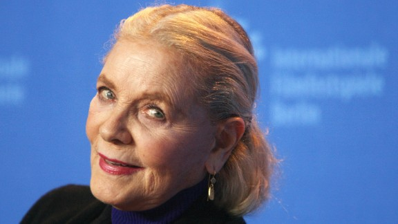 """Bacall at a photo call for the film """"The Walker"""" in 2007."""