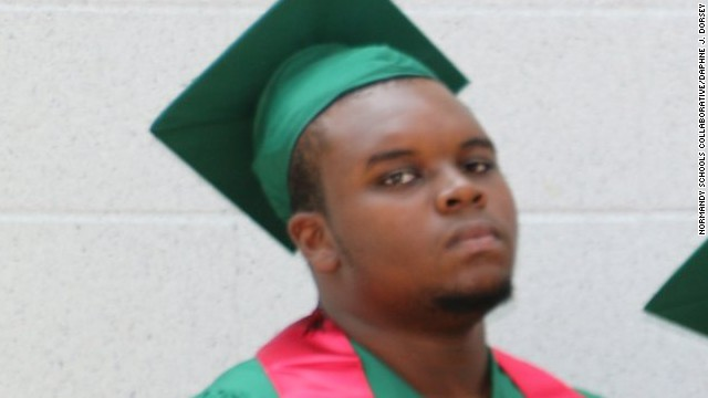 Report: Michael Brown's blood on cop gun