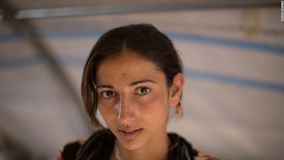 Nova Sharif, a 19-year-old high school student from Sinjar, now living in the Nawroz refugee camp in Syria.