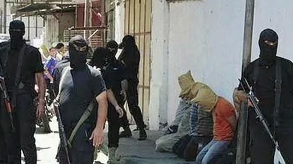 cnni lee pkg hamas executes 22 alleged spies_00001522.jpg