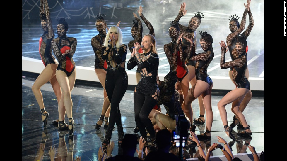 Iggy Azalea, right, and Rita Ora perform at the 2014 MTV Video Music Awards.