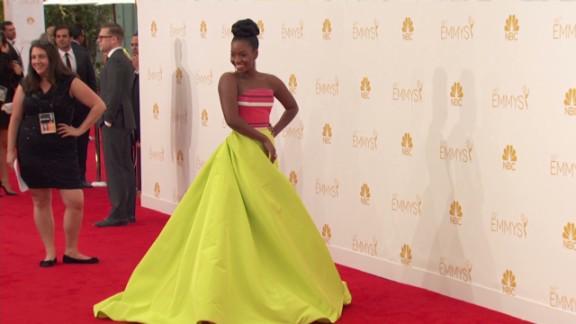 Celebrities walk Emmy red carpet _00001421.jpg