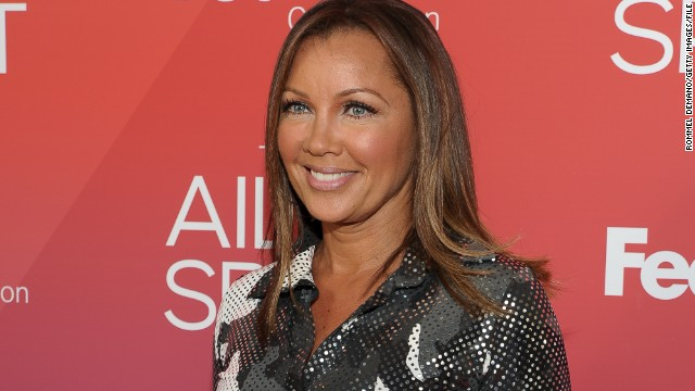 vanessa williams gets miss america apology 32 years later cnn