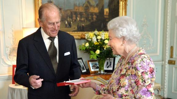 The Queen presents Prince Philip with New Zealand