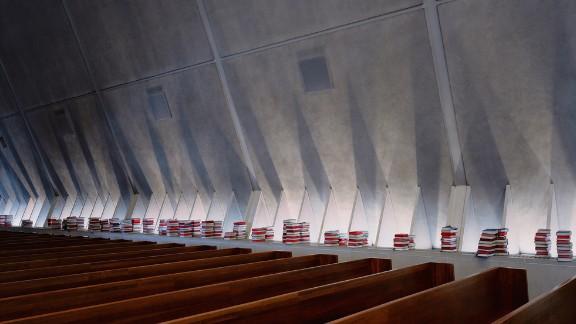 Kramer Chapel, Concordia Theological Seminary, Fort Wayne, Indiana. Architect: Eero Saarinen.