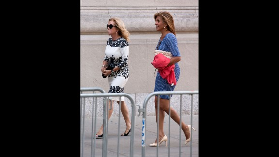 """Today"" show co-hosts Kathie Lee Gifford and Hoda Kotb"