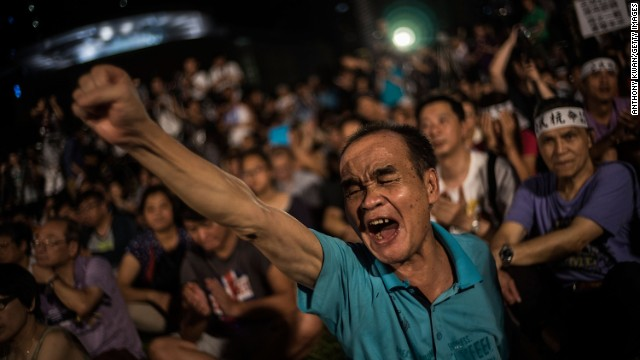 Hong Kong democracy 'is nearly dead'