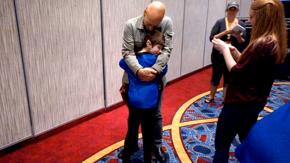 Is there a better surprise for a Trekkie than a visit from Patrick Stewart? The actor took some time out from his appearance at Atlanta