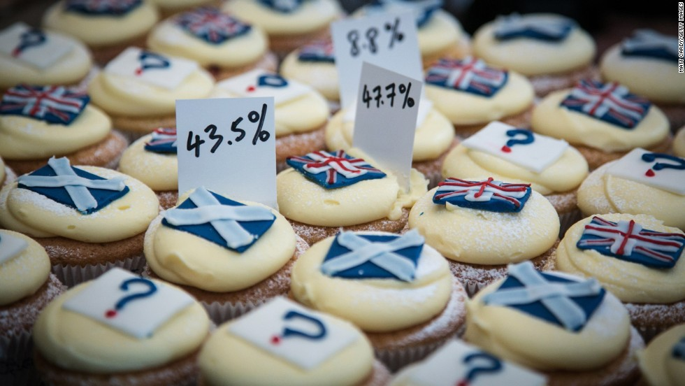 A bakery in Edinburgh, Scotland, reveals the results of a tasty straw poll it has held since March 7. It has been selling cupcakes with the Scottish flag (yes to independence), the British flag (no to independence) and a question mark (undecided).