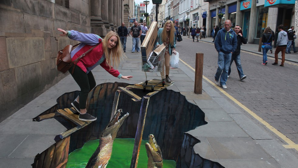 This amazing 3D street art was created by UK company Street Advertising Services. But when it came to expanding the company, local banks didn't seem to grasp its business plan ...
