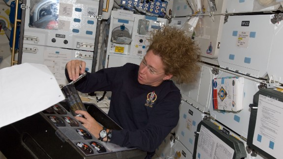 NASA astronauts activated the Salmonella vaccine spaceflight experiments on the International Space Station for researchers analyzing the ability of Salmonella to become more potent in space in order to develop therapeutics, such as vaccines.