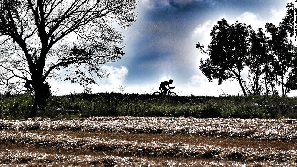 Crowhurst captures the loneliness of a long distance cyclist during an Ironman event.