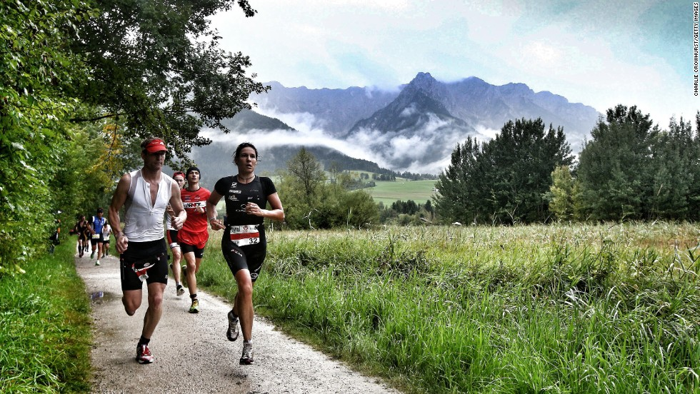 Crowhurst usually concentrates on capturing the efforts of the non-elite competitors and uses a motorbike to find the best spots on the course to capture their plight, perfectly illustrated at the run leg of the Challenge Austria event.