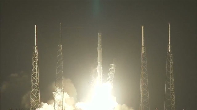 vo spacex lauch to international space station_00000910.jpg