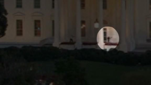 nr video surveillance white house intruder_00002121.jpg
