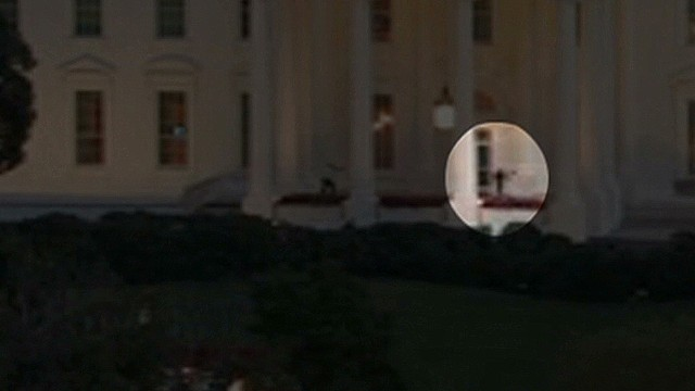 nr video surveillance white house intruder_00002121.jpg