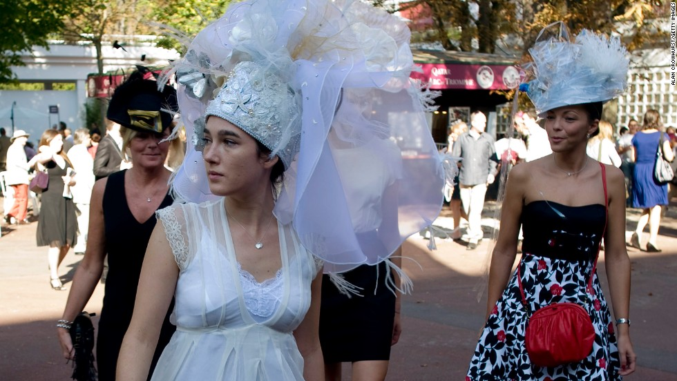 Longchamp fashion is invariably eye-catching, with hats often the prime clothing item on show.