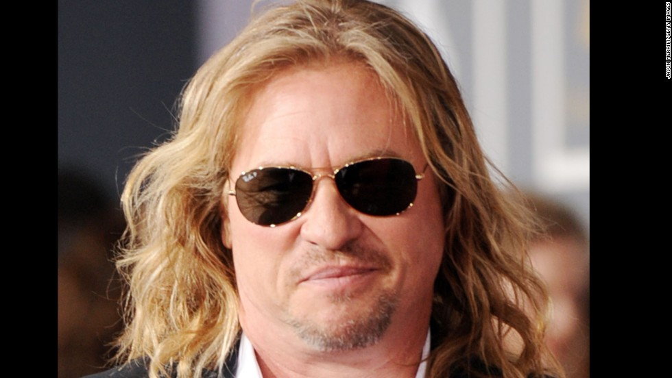 "Neighbors of Val Kilmer's ranch in New Mexico <a href=""http://blogs.findlaw.com/celebrity_justice/2010/06/actor-val-kilmer-runs-into-real-estate-problems-in-new-mexico.html"" target=""_blank"">diddn't like some of the things he had to say about them back in 2010</a> after they attempted to block his plans to turn his property into a bed and breakfast. He later apologized and put his 6,000-acre ranch up for sale in 2011."