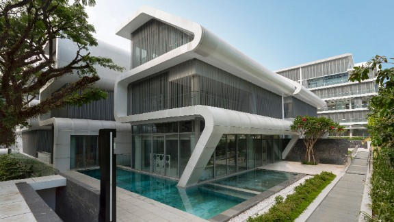 On leafy Orchard Road in Singapore, Oxley is a complex of four individual houses for four brothers. <br /><strong>Category: </strong>Housing<br /><strong>Architects: </strong>LAUD Architects Pte Ltd (Singapore)