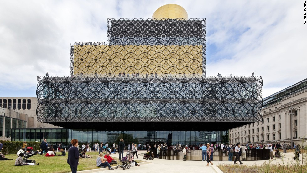 "The 35,000-square-meter<strong> <a href=""http://www.libraryofbirmingham.com/"" target=""_blank""></strong>Library of Birmingham</a> in the UK features a four-level book rotunda, two garden terraces and a restored 1882 Victorian library with an Elizabethan-style Shakespeare room.<strong><br />Category: </strong>Culture <br /><strong>Architects: </strong>Mecanoo (Netherlands)"