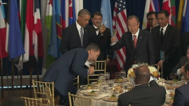 Obama toasts peacekeepers at UNGA lunch