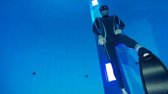 Italian freediving champion Umberto Pelizzari attended the pool's opening.