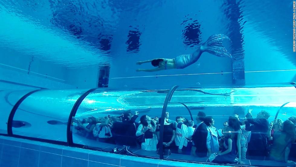 Ordinaire Worldu0027s Deepest Swimming Pool: Plunge Into Y 40 Deep Joy | CNN Travel