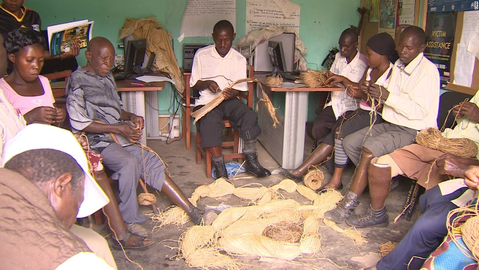 A group of landmine victims in Kasese have formed a co-operative association to make rope out of banana fiber and sell it for a profit.