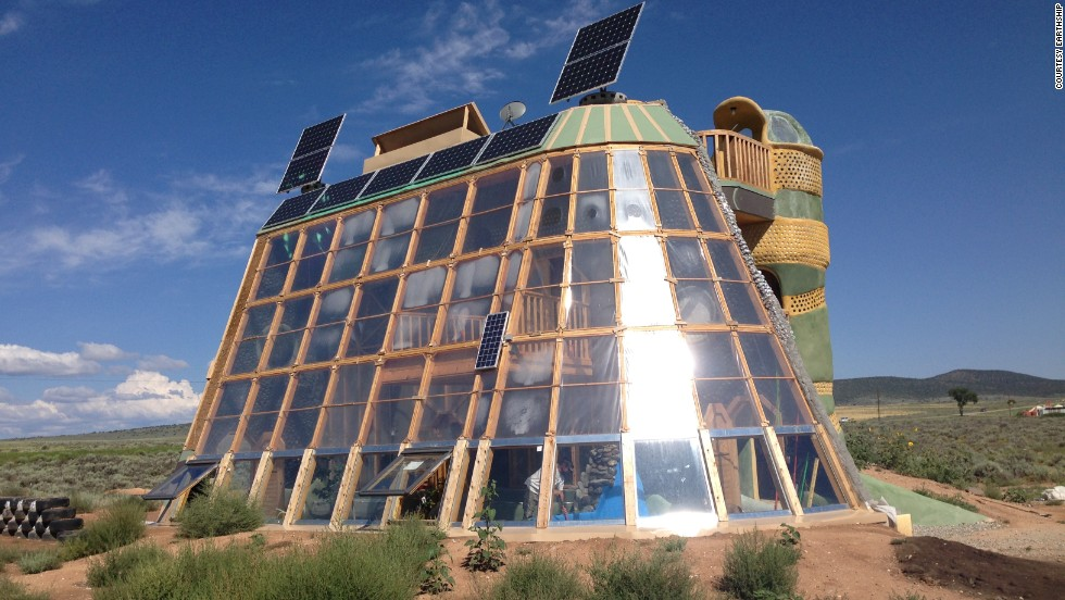 Marvelous Earthships Are Positioned To Absorb Maximum Sunlight For Both Heat And  Energy Generation Indoors.