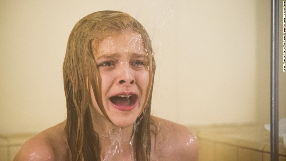 "<strong>""Carrie"" (2013)</strong> : Chloë Grace Moretz stars in this remake of the Stephen King classic. <strong>(Netflix and iTunes)</strong>"