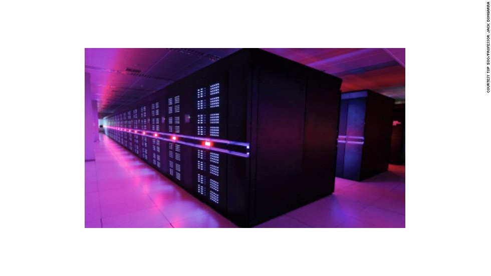"China's Tianhe-2 is the world's fastest supercomputer, according to the ""<a href=""http://www.top500.org/"" target=""_blank"">Top500</a>"" list of supercomputers. It says Tianhe-2 has achieved a performance of 33.9 petaflops (33,900 trillion floating point operations per second). It's the work of China's National University of Defense Technology (NUDT) and IT firm Inspur."