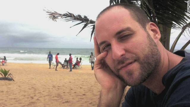 U.S. photojournalist contracts Ebola