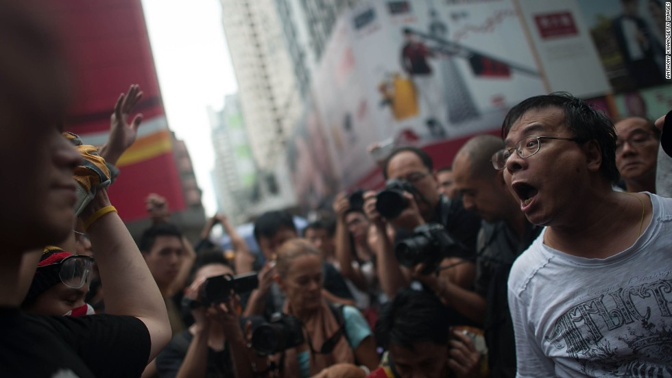 Anti-Occupy Hong Kongers feel a deep disdain for the way today's protests are affecting the lives of ordinary citizens. Some have gotten into heated confrontations with protesters.