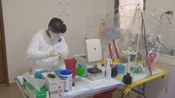 pkg elbagir us ebola labs in liberia_00001214.jpg