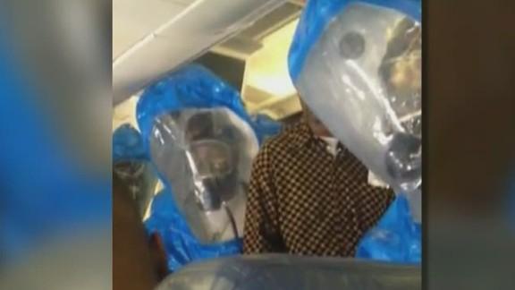 lead dnt marsh plane passenger removed for ebola joke _00001030.jpg